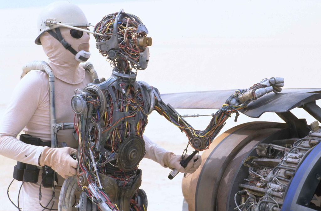 star wars C3PO la amenaza fantasma